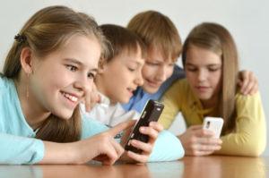 Potrzeba zielonej szkoły by dzieci nie były tak wpatrzone w smartfony-zielone szkoły w górach świętokrzyskich